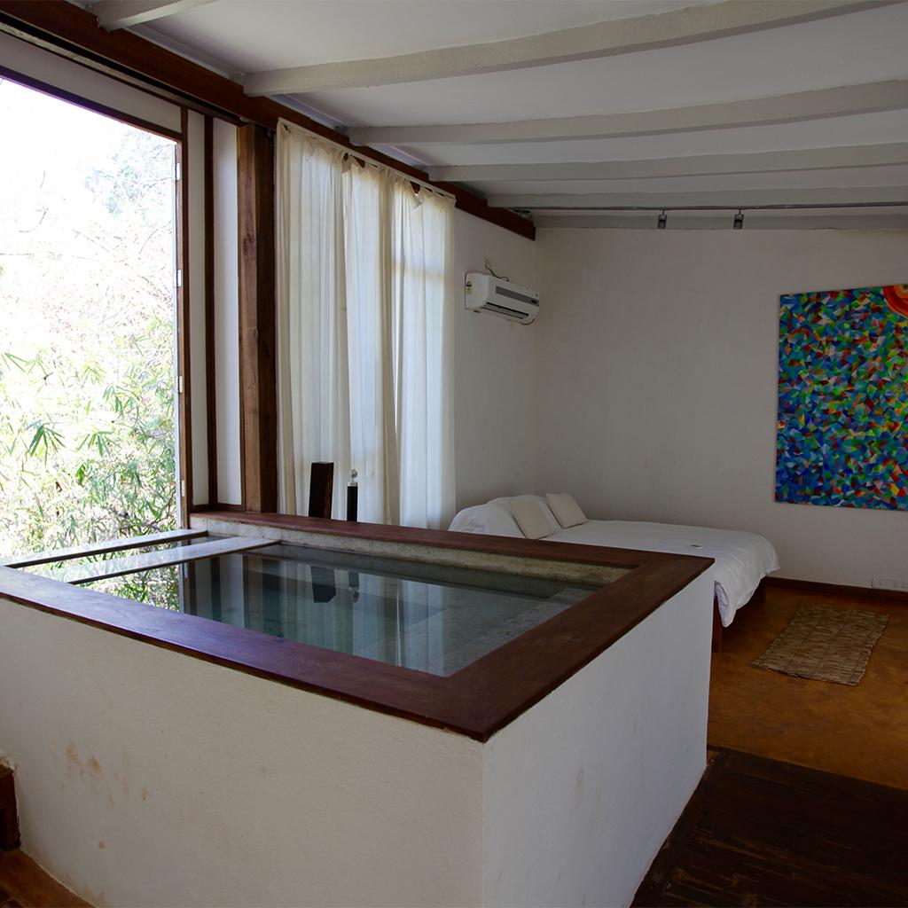 Kaju Varo - Shunya Honeymoon Suite - Indoor pool