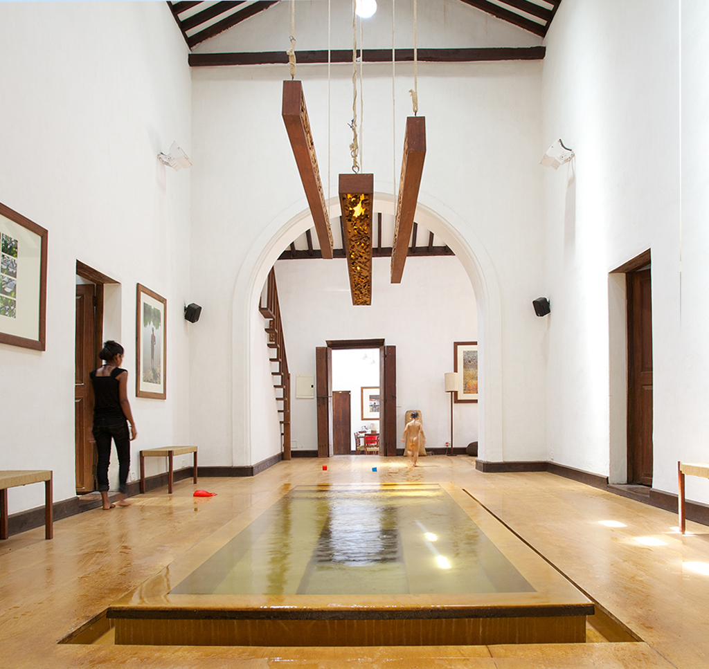 Shunya Noi Varo - Indoor pool